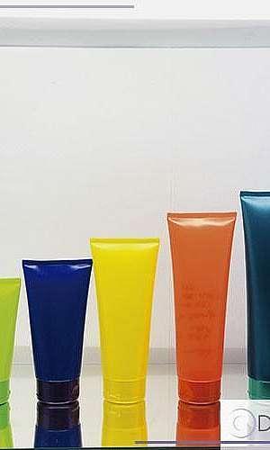 bisnagas plásticas coloridas